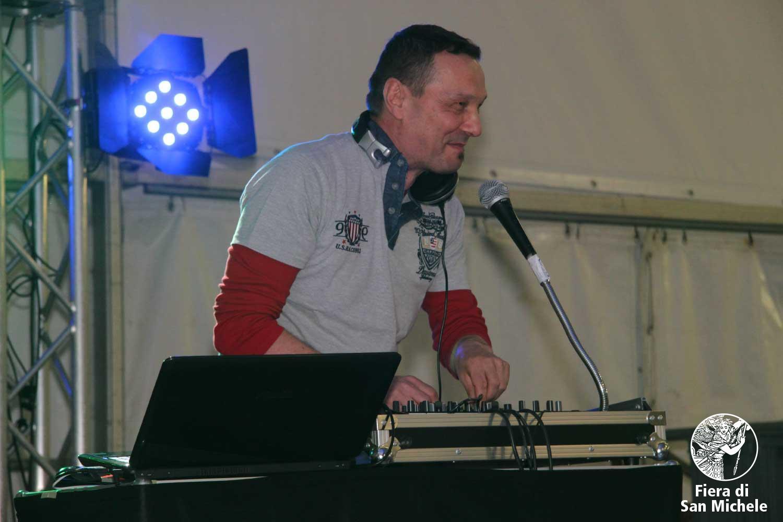 Serata musicale con DJ Leroy