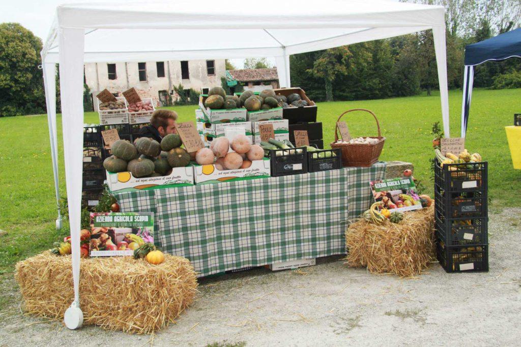 Esposizione prodotti enogastronomici e biologici
